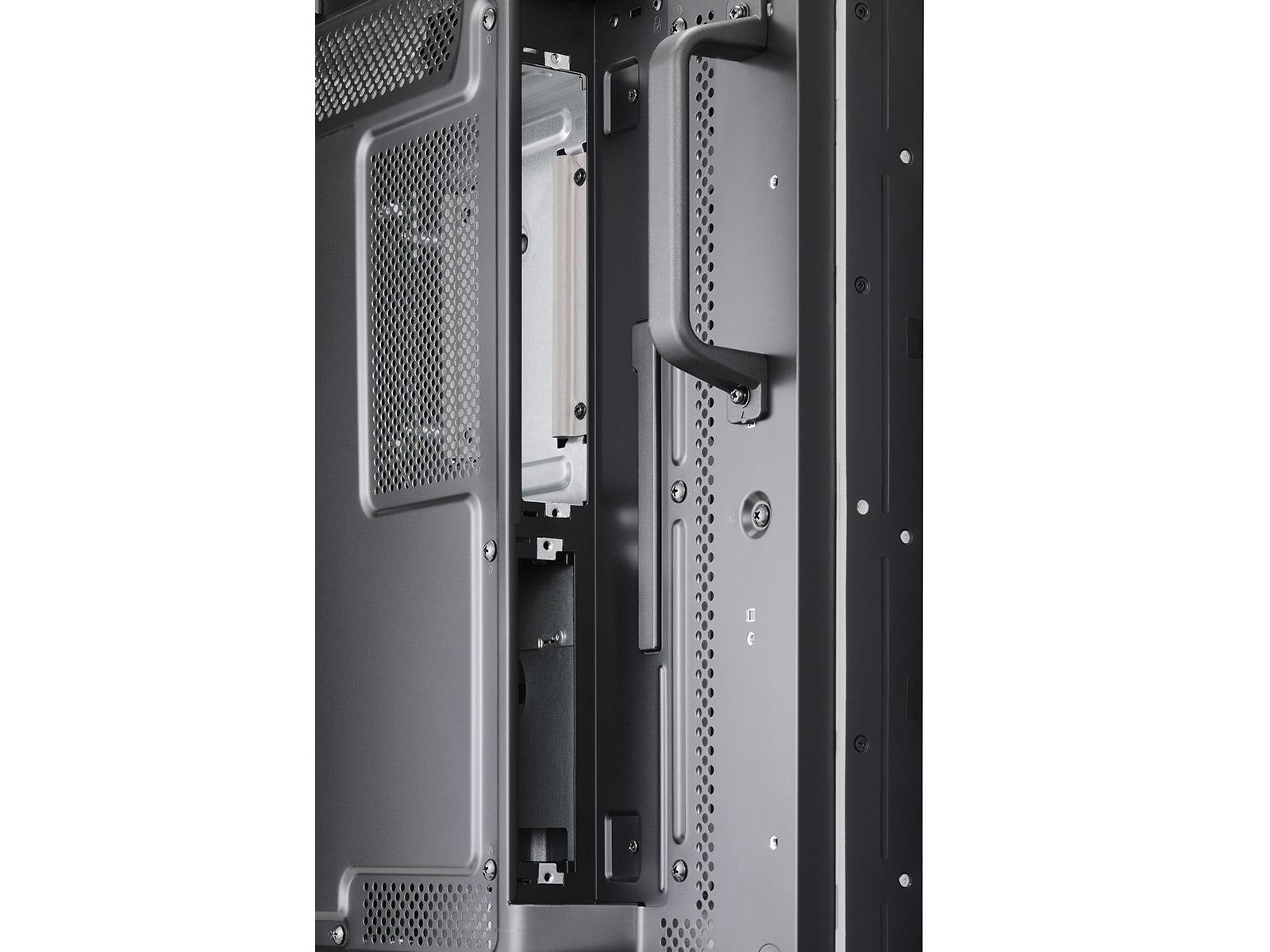 X464UNV-3-DetailViewSlot-Open